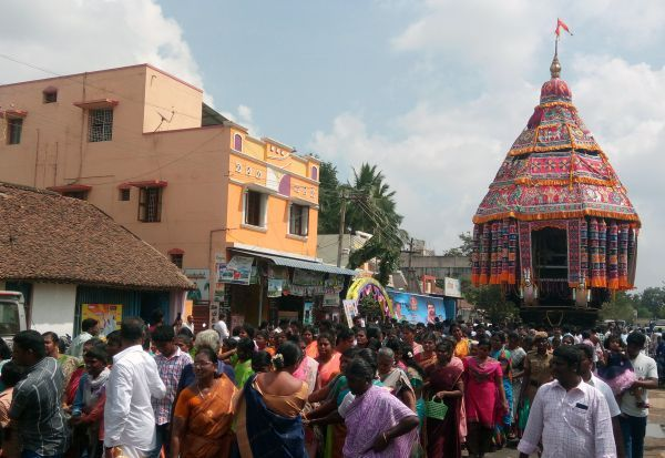 வைத்தியநாத சுவாமி  கோவில் தேரோட்டம்