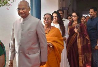 லோக்சபா தேர்தல்,  63 சதவீதம் ஓட்டுப்பதிவு, மே.வங்கம், சலசலப்பு