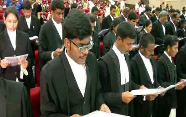 சிவில் நீதிபதிகள், 213 பேர் தேர்வு, பதவிப் பிரமாணம், மணிக்குமார்