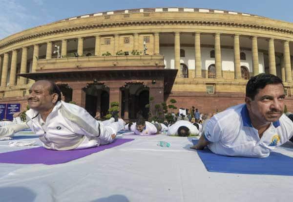 politics,International Yoga Day யோகா, அரசியல், பா.ஜ.,