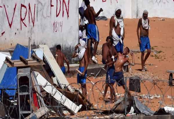 பிரேசில் நாட்டில் கைதிகள் மோதல்; 57 பேர் கொலை Tamil_News_large_2332170