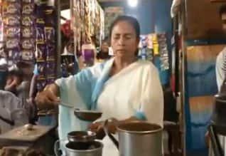கடையில் டீ ஆற்றிய மம்தா