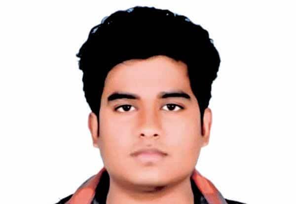 'நீட்' தேர்வில் ஆள்மாறாட்டம் சென்னை மாணவர் மீது போலீசில் புகார்