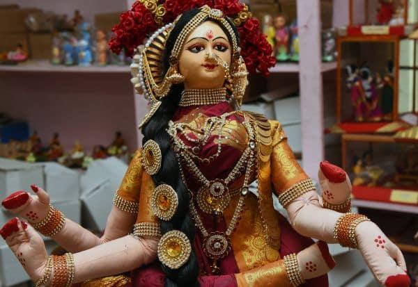 வடபழனி ஆண்டவர் கோவிலில் பக்தர்கள் பங்களிப்பில் சக்தி கொலு Tamil_News_large_2370439
