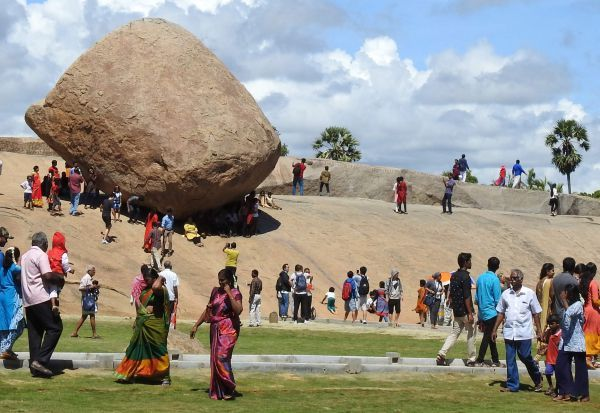 மோடி - ஜின்பிங் ரசித்த சிற்ப பகுதிகள்; சுற்றுலா பயணியர் குவிந்தனர்