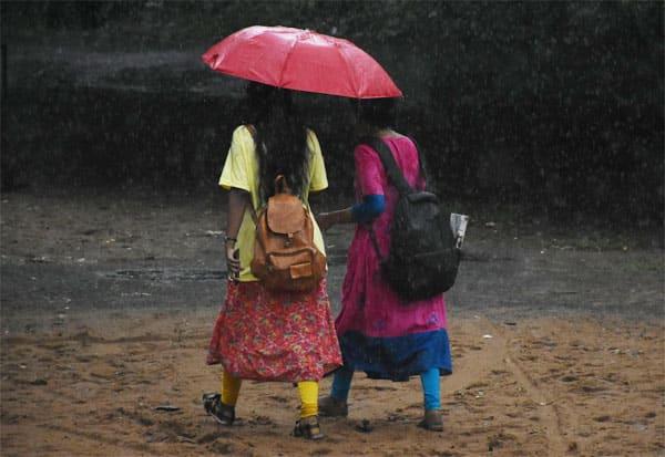 Rain, Warning, Weather, Rainfall, மழை, ஆரஞ்சு எச்சரிக்கை, இந்திய வானிலை மையம், வானிலை, கனமழை, பலத்த மழை