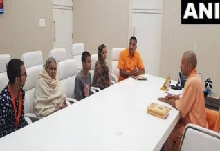 கமலேஷ் திவாரி குடும்பத்திற்கு ரூ. 15 லட்சம் நிதி