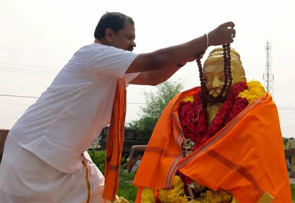 திருவள்ளுவர், ருத்ராட்சம், கைது, காவி உடை, அர்ஜூன் சம்பத், அவமதிப்பு