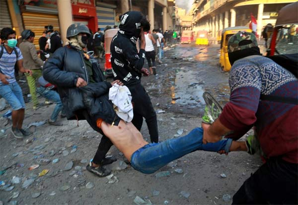 Iraq, AntiGovernment, Protest, Death, ஈராக், போராட்டம், துப்பாக்கிச்சூடு