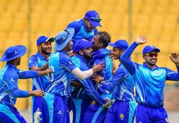 Karnataka,Tamil Nadu, T20,final