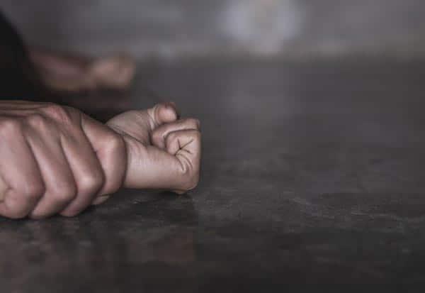 rape,U.P,uttar pradesh,father,arrest,daughter,மகள்,பலாத்காரம்,தந்தை,கைது