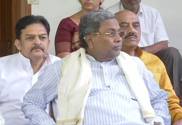 siddaramaiah, Karnataka, Congress, Resignation, சித்தராமையா, கர்நாடகா, காங்கிரஸ், ராஜினாமா