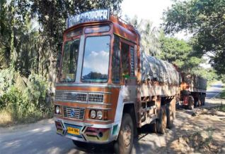15 டன் ரேஷன் அரிசி கடத்திய லாரி பறிமுதல்