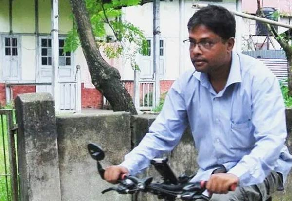 Senior Assam Journalist Dies After Attack, Was In Coma, Say Doctors அசாசம், மூத்த பத்திரிகையாளர் மர்ம மரணம்