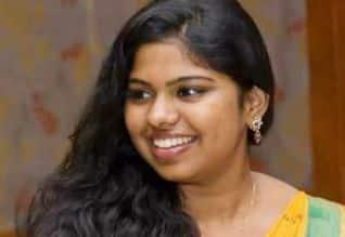 குன்னூர் மாணவி மீது கனடாவில் தாக்குதல்