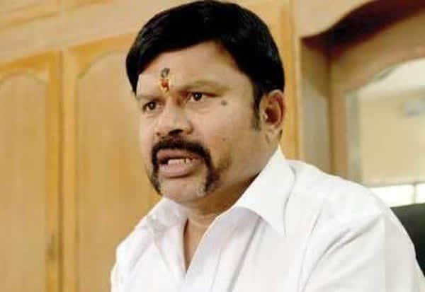 admk,EX_MP,kcpalanisamy,arrest,அதிமுக,கேசிபழனிசாமி,கைது