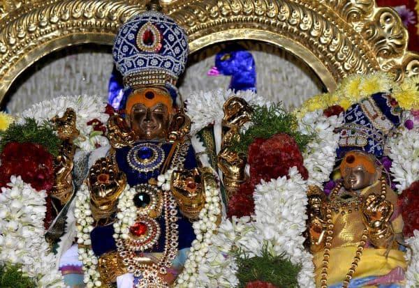 சிவகாமியம்மன் கோயில் தெப்பத்திருவிழா கோலாகலம்: 55 ஆண்டுகளுக்கு பின் நடந்ததால் பக்தர்கள் பரவசம்