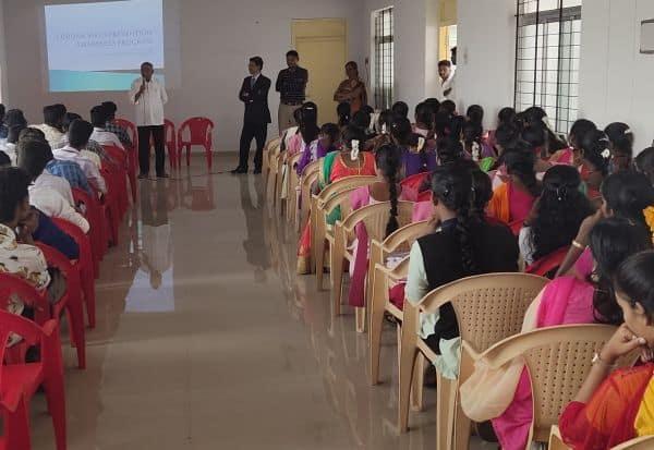 சிகா கல்லுாரியில் கொரோனா விழிப்புணர்வு