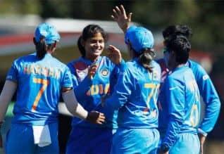 இந்திய பெண்கள் 4வது வெற்றி: 'டுவென்டி-20' உலக தொடரில் ...