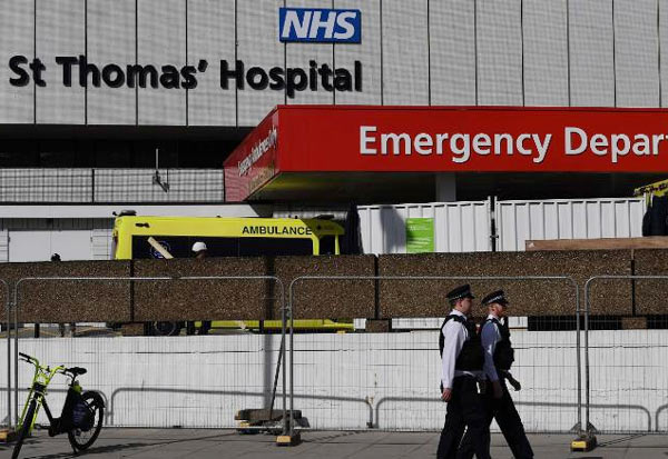 Boris Johnson, ICU, UK, coronavirus, UK PM, Corona, COVID-19, Ventilator, stable, Intensive care unit, பிரிட்டன்,பிரதமர்,போரிஸ்ஜான்சன்,ஐசியூ