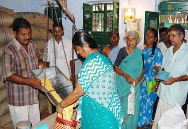 ரேஷன் கார்டு வாங்காதவர்கள் :ஆதார் கார்டில் பொருள் வாங்கலாம்