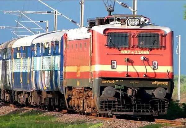 Railways, cancels, train tickets, booked, Indian Railways, cancels train services, Coronavirus, Corona, Covid-19, Curfew, Lockdown, பயணிகள், ரயில், ரத்து