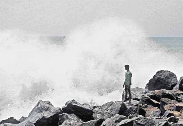 cyclone, india, cyclone amphan, சூப்பர் புயல்