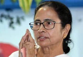 கொரோனாவை விட 'அம்பான்' புயலால் பேரழிவு: மம்தா