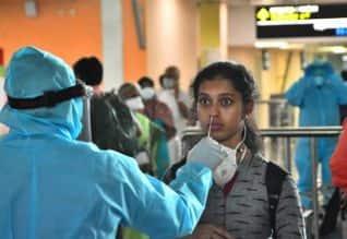 கொரோனா ரவுண்ட் -அப்: விமானத்தில் கோவை வந்த 134 பேர் ...