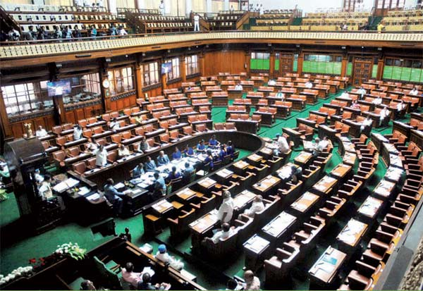 tamil nadu news, tn speaker, parliament, politics, விருது, சபாநாயகர், பரிந்துரை
