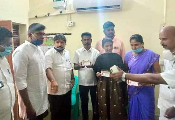 Madurai news, Madurai, tamil nadu news, politics, BJP, Bharatiya Janata Party,பா.ஜ,மதுரை, சலூன், மோகன்,