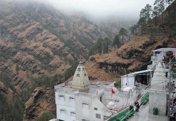 vaishno devi, temple, kashmir, coronavirus, covid 19 lockdown, The Shri Mata Vaishno Devi Shrine Board, வைஷ்ணோ தேவி, கோவில், கட்டுப்பாடு