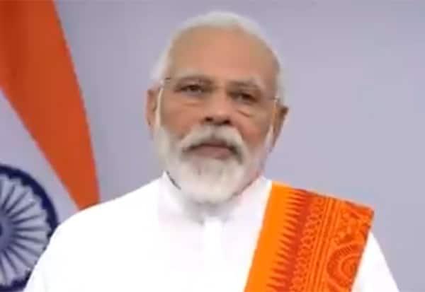 yoga, PM, Modi, Yoga day, PM Modi, Narendra Modi, India, coronavirus, coronavirus outbreak, post COVID-19 era,  International Yoga Day, Yoga at Home', Yoga with Family, யோகா, பிரதமர், மோடி, யோகா தினம்