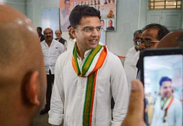 Ashok Gehlot, minority, Sachin Pilot