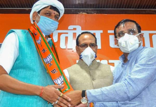 politics, congress, bjp, Bada Malhera MLA, Pradhyuman Singh Lodhi, madhya pradesh