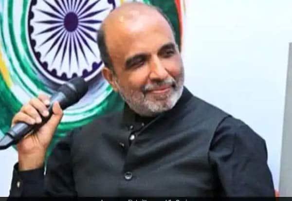 Congress suspends its nationalமுன்னாள் காங். தேசியசெய்தி தொடர்பாளர் சஞ்சய் ஜஹா கட்சியிலிருந்து சஸ்பெண்ட்: spokesperson Sanjay Jha for anti-party activities