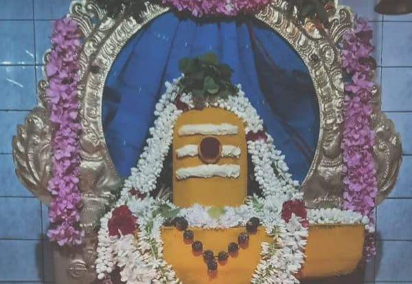 சிவாலயங்களில் பிரதோஷ வழிபாடு