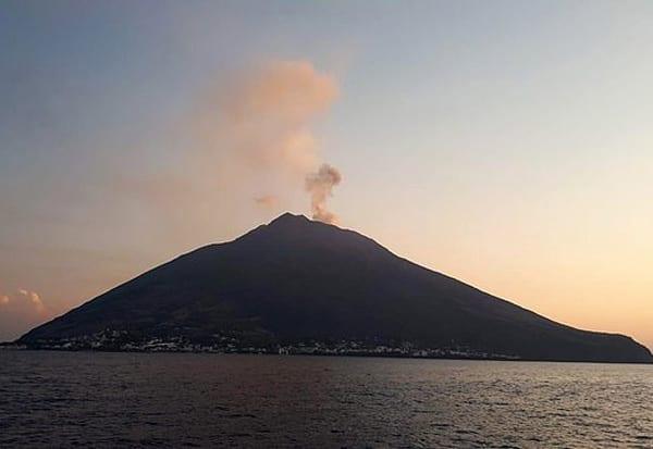 Italy, Stromboli, Volcano, இத்தாலி, எரிமலை, லாவா, வீடியா