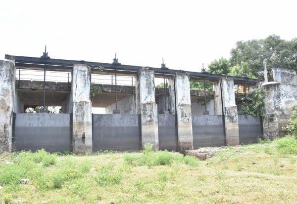 பாழான ராமநாதபுரம் பெரிய கண்மாய்
