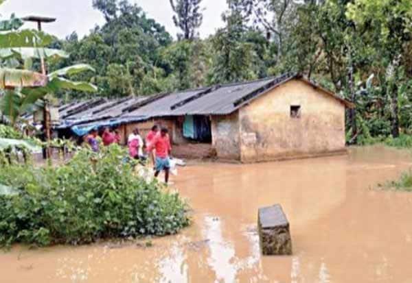 nilgiris, ooty, rain, weather report, nilgiris rain, நீலகிரி, காலம்புழா, அணை, வெள்ளப்பெருக்கு