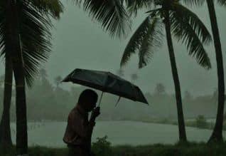 9 மாவட்டங்களுக்கு மழை எச்சரிக்கை கோவை, தேனிக்கு ...
