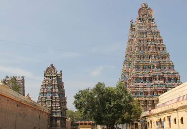 மாஸ்க், சமூக விலகல் அவசியம்: கோவிலில் வழிபட பக்தர்களுக்கான வழிமுறைகள் Tamil_News_large_2605000