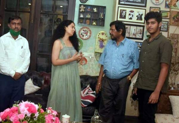 Kangana vs Sena: Union Minister Ramdas Athawale reaches actor's house