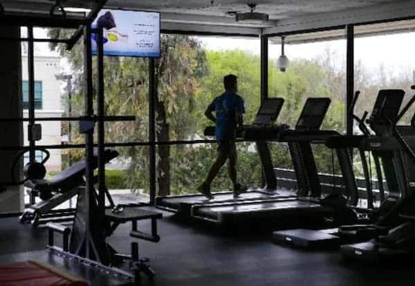 delhi, gyms, yoga centers, opens, டில்லி, யோகா நிலையங்கள், ஜிம்கள், திறப்பு