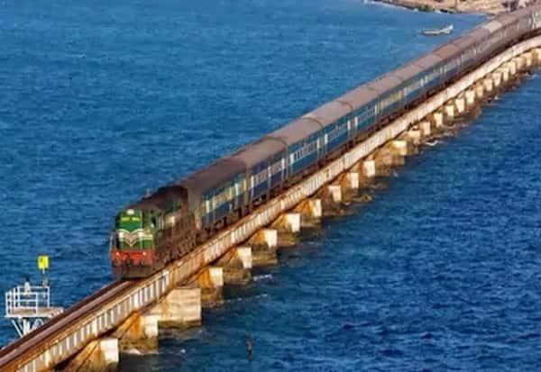 Piyus goyals, Pamban bridge, train