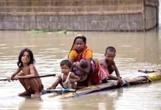 அசாமில் வெள்ள பாதிப்புகளால் 2.25 லட்சம் பேர் பாதிப்பு