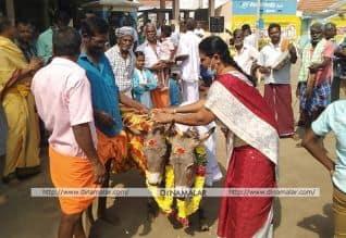 'பஞ்சகல்யாணி திருக்கல்யாணம்': மழை வேண்டி கிராம ...