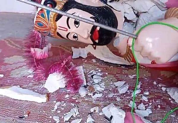 Hindu_temple, vandalised, Pakistan, Hindu families, saved, Muslims