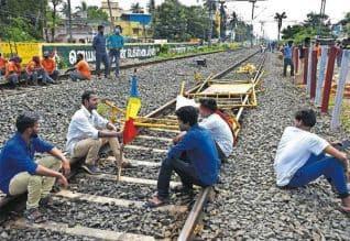 பா.ம.க., போராட்டத்தில் ரகளை, 'டிராபிக் ஜாம்'; ...