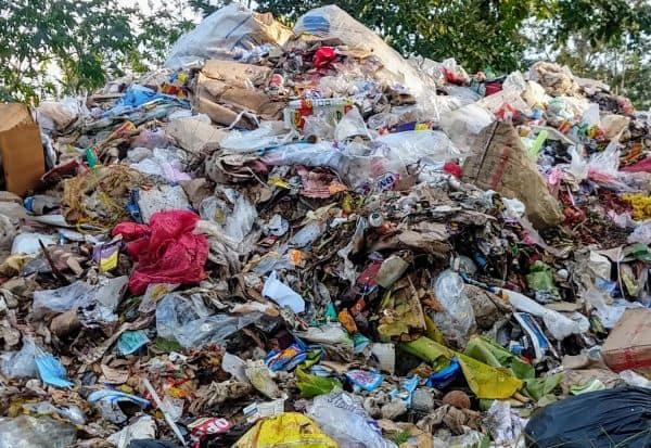 யானை வழித்தடத்தில் 'பிளாஸ்டிக்' குவியல் : கண்டு கொள்ளாத அதிகாரிகளால் விலங்குகளுக்கு ஆபத்து